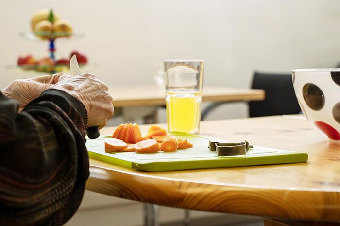 Vorbereitung des Essens für den Mittagstisch